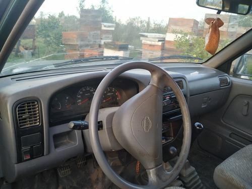 nissan frontier navarra diesel 4x4 doble cab