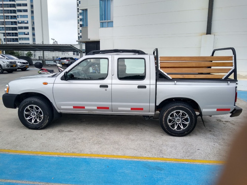 nissan frontier np 300 full equipo
