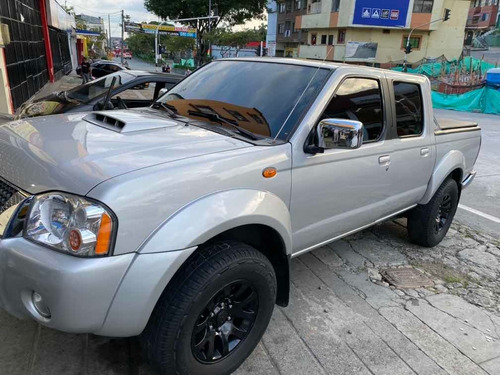 nissan frontier np300  4x2 diesel