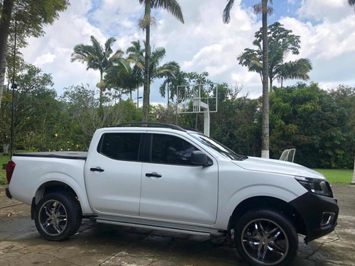 nissan frontier np300s 4x2 gasolina