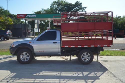 nissan frontier turbo diesel 4x4 cattle truck 2013