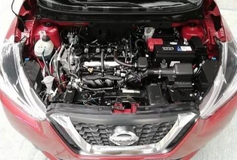nissan kicks / motor 1.6 / 20000 km / mecanica / roja