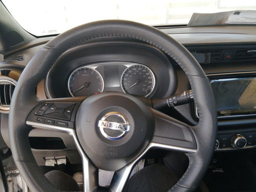 nissan kicks mt 1.8
