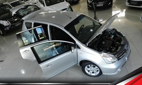 nissan livina 1.8 s automática única dona apenas 70 mil km t