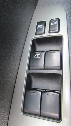 nissan livina x-gear 1.6 sl flex 5p