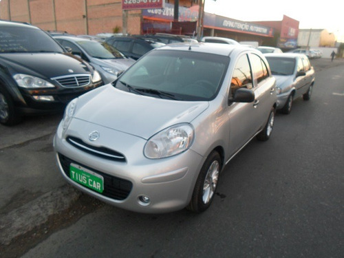 nissan march 1.0 4p 2013