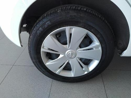 nissan march hatchback (5p) 5p sense l4/1.6 aut