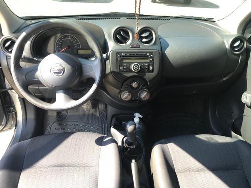 nissan march motor 1.6 2013  gris 5 puertas