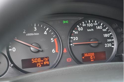 nissan navara 2012 alto lujo en 2500cc 4x4 td