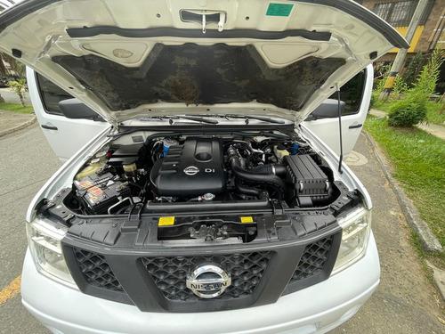 nissan navara mt 2.5 4x4 turbo diesel caja 6ta