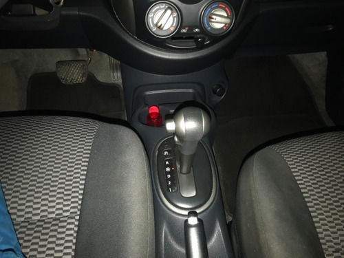 nissan new march advance automatico mod. 2015