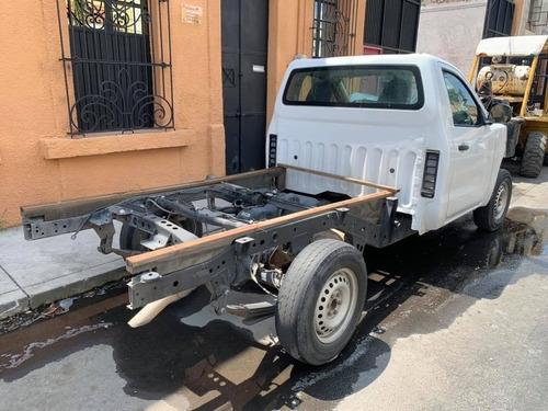 nissan np300 2018 para reparar