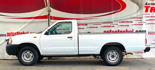 nissan np300 caja larga 2013 pick up
