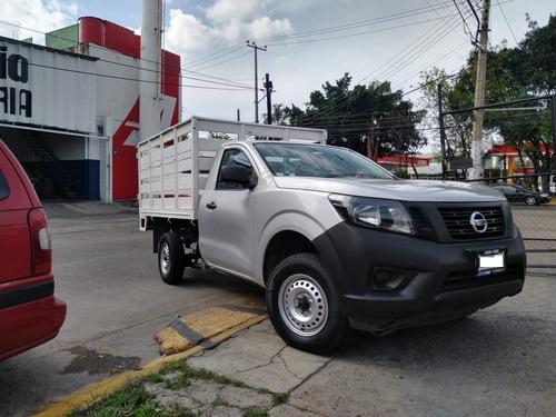 nissan np300 camioneta