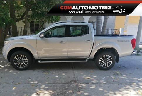 nissan np300 frontier le id 39159 modelo 2020