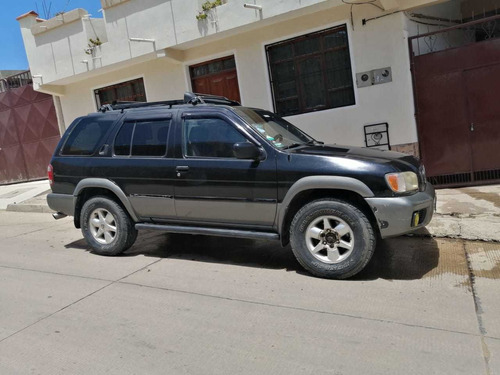 nissan paifinder  2000 americano