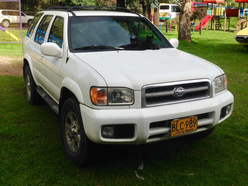 nissan pathfinder 3.3 at