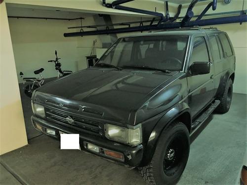nissan pathfinder, año 93, 4 x 4 modelo americano.