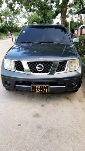 nissan pathfinder diesel 2006 en buenas condiciones