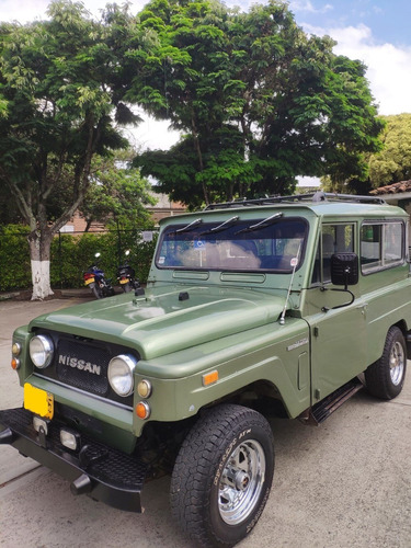 nissan patrol 4x4 modelo 1978 color verde (gas y gasolina).