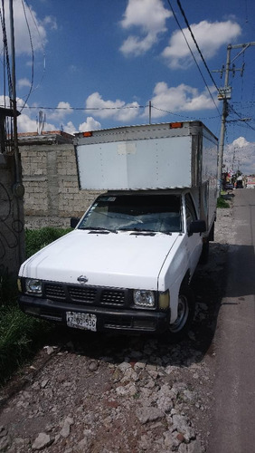 nissan pick-up 2.4