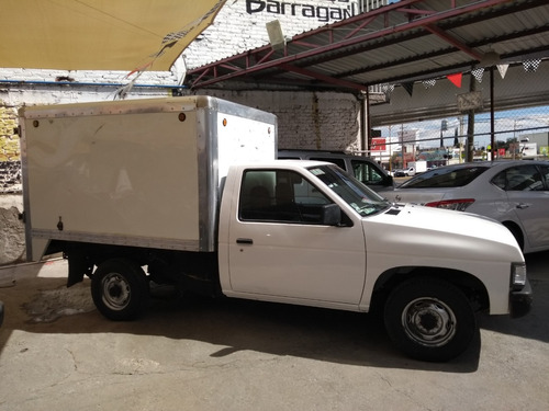 nissan pick-up caja seca