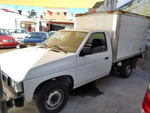 nissan pick-up caja seca