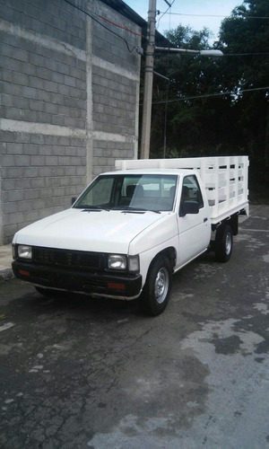 nissan pick-up estaquitas estaquitas chasis largo 2004