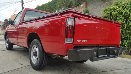 nissan pick up np300
