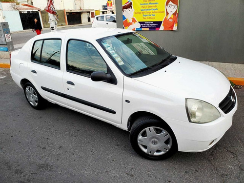 nissan platina 1.6 plus 2010 mt