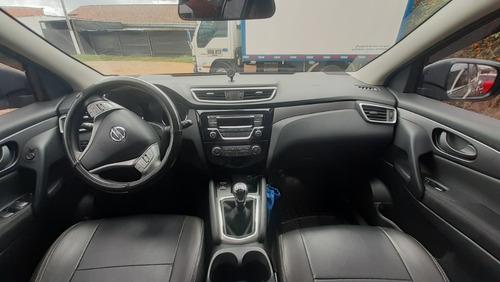 nissan qashqai 2017 2.0l -mecanica 5 puertas gris