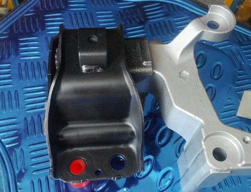nissan qashqai  soporte motor sup derecho (reencauchado).