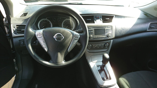 nissan sentra 1.8 advance at 2015