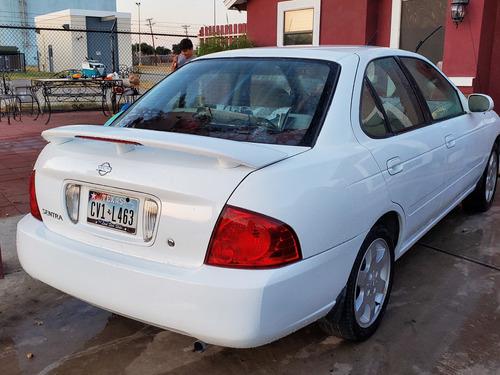 nissan sentra 2006 , 1.8 litros, estandar , titulo azul.