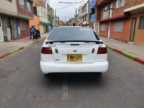 nissan sentra b14 blanco 4 puertas mod. 98