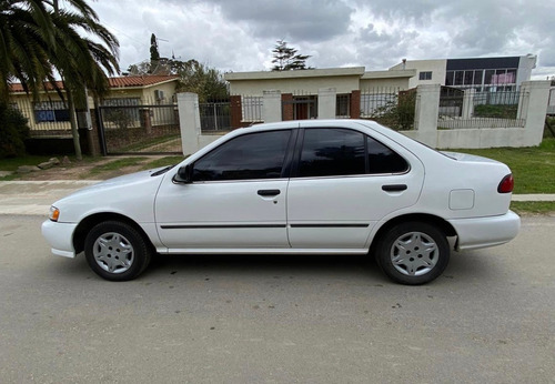 nissan sentra b14 full! impecable estado. u$s 2500 y cuotas