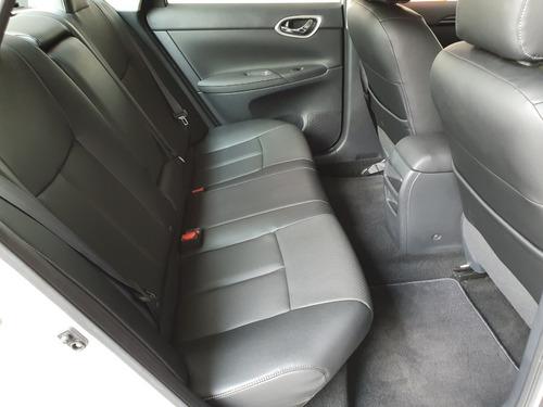 nissan sentra exclusive  4 cilindros 2018