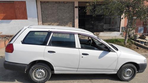 nissan station wagon ad 2002 5 puertas