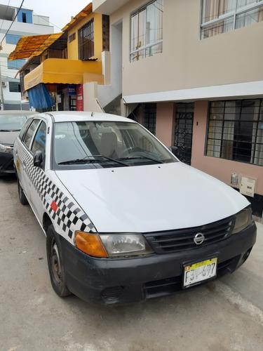 nissan station wagon  gasolina y gnb