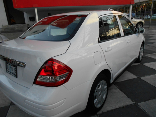 nissan tiida 1.6 drive sedan mt