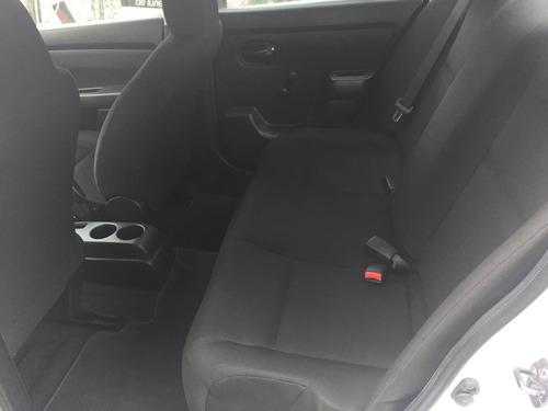 nissan tiida 1.8 advance sedan mt 2013