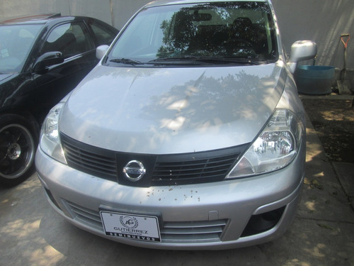 nissan tiida 1.8 advance sedan mt 2016