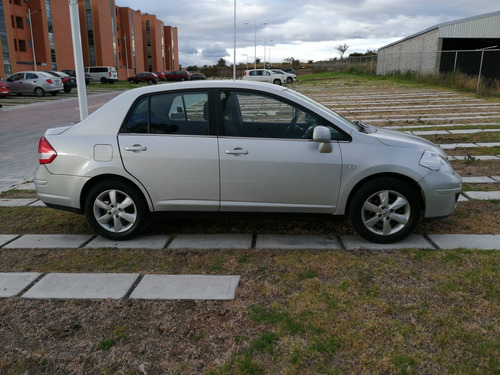 nissan tiida 1.8 emotion at 2011