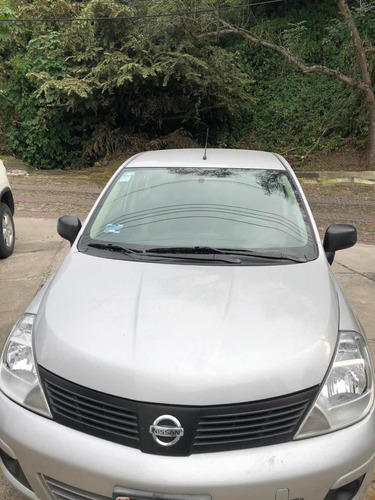 nissan tiida 1.8 emotion mt 2017