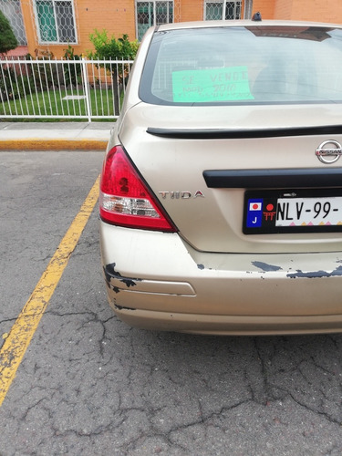 nissan tiida 1.8 sense sedan at 2010