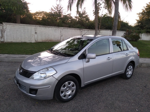 nissan tiida 1.8 sense sedan mt 2016