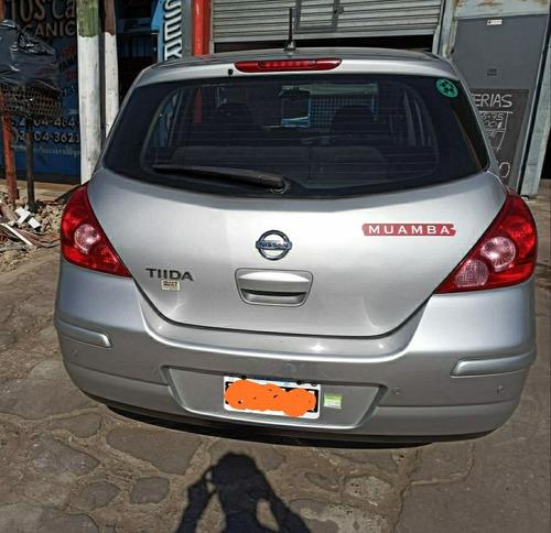 nissan tiida 1.8 visia 2010