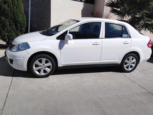 nissan tiida blanco sedan 5 puertas