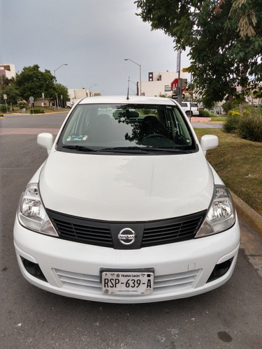 nissan tiida drive sedan at