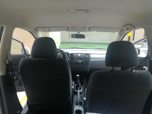 nissan tiida hatchback premium